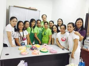 janet with her advanced baking students